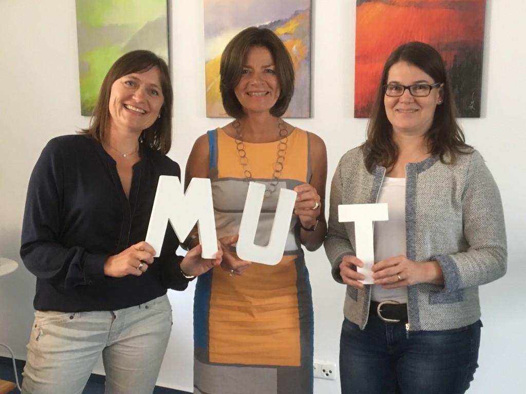 von links: Ina Richter, Vorstand mut Katharina Bach Claudia Seeland, Vorstand mut